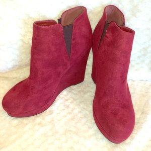 Xappeal red boots heel